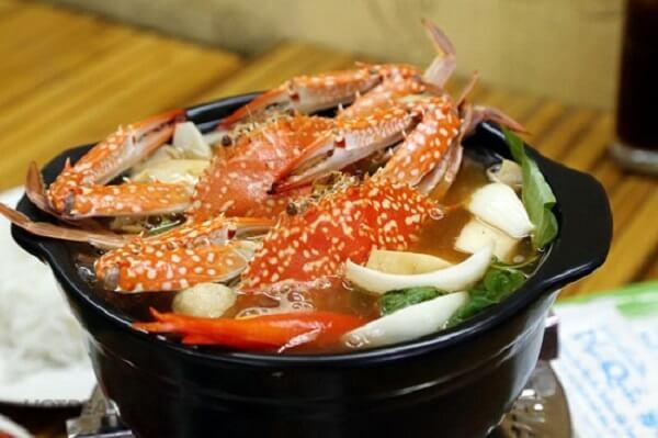 Cách nấu lẩu Thái với ghẹ tươi đơn giản tại nhà