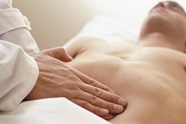Đau bụng trên rốn âm ỉ nhói từng cơn là bệnh gì và cách chữa trị