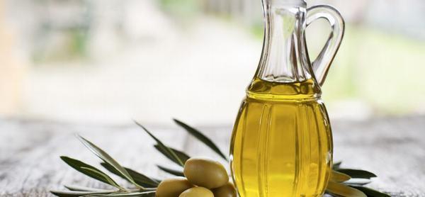 Cách làm đẹp da mặt với dầu oliu rất đơn giản và có nhiều ích lợi đáng ngạc nhiên trong công cuộc dưỡng làm đẹp da mà tất cả điều bạn cần