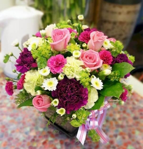 Lẵng hoa hồng tặng sinh nhật người yêu vô cùng ý nghĩa. - Hình ảnh những bó hoa sinh nhật đẹp nhất thế giới, độc đáo ý nghĩa
