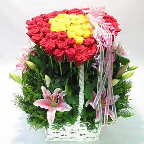 Lẵng hoa hồng đẹp. - Hình ảnh những bó hoa sinh nhật đẹp nhất thế giới, độc đáo ý nghĩa
