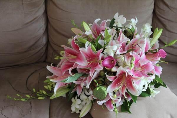 Bó hoa lily sinh nhật bạn bè, đồng nghiệp đẹp