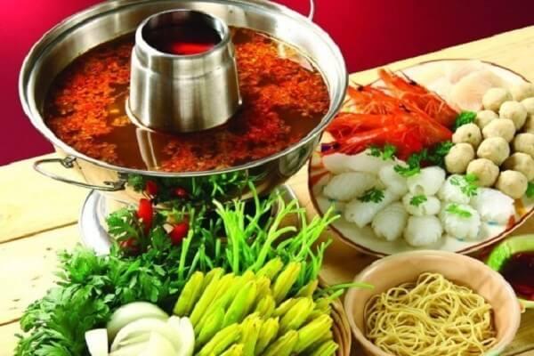 Món lẩu Thái hầu như có mặt ở các bữa tiệc hiện nay