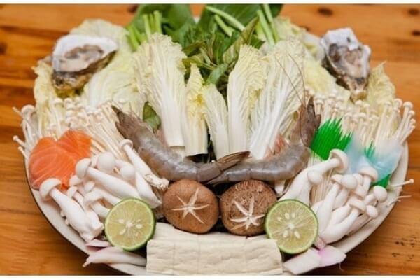 Đủ loại nấm khác nhau – 5 quán lẩu ngon ở Hà Đông: lẩu hơi, lẩu nấm, lẩu thái, lẩu gà