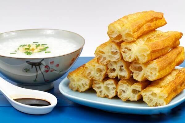 Quẩy nóng – Món ăn vặt kinh doanh lãi nhiều