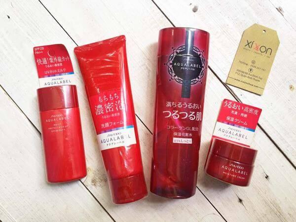 Nước hoa hồng Shiseido Aqualabel Moisture Lotion màu đỏ là sản phẩm nước hoa hồng tạo độ ẩm dành cho da thường và khô nằm trong bộ sản phẩm chăm sóc da