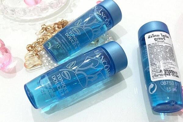 Nước hoa hồng Lancome Tonique Douceur dành cho da thường và da hỗn hợp (chai màu xanh)