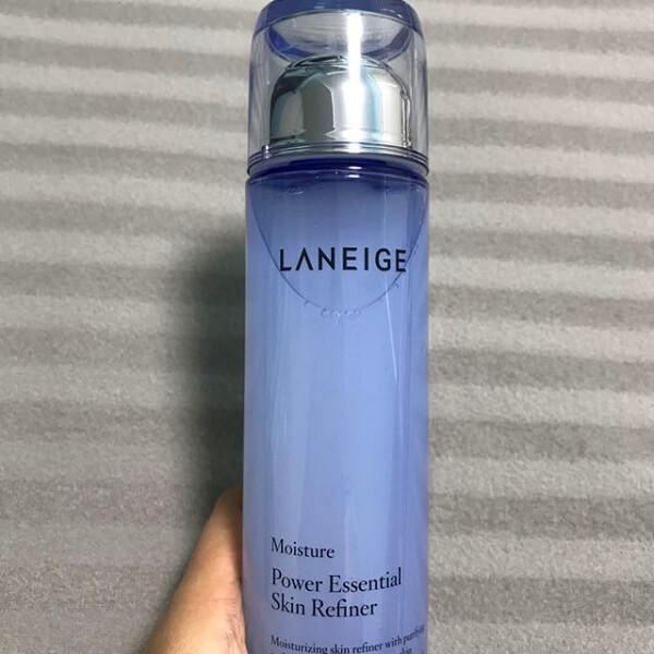 Nước hoa hồng Laneige Power Essential Skin Refiner Moisture cho da khô, da hỗn hợp (chai màu trắng xanh)