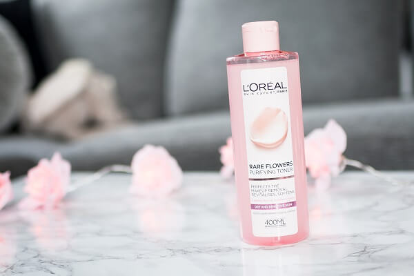 Review nước hoa hồng loreal có tốt không, giá bao nhiêu tiền?