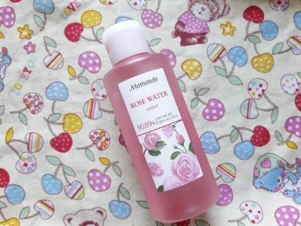 Và nếu phải chọn chai nước hoa hồng nào để mang theo thì mình sẽ chọn nước hoa hồng Mamonde ROSE WATER toner này đây.