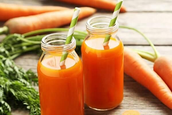 10 vitamin C có trong cà rốt có tác dụng rất tốt trong hỗ trợ giảm cân, tăng cường tiêu hóa và làm đẹp da nhanh chóng.