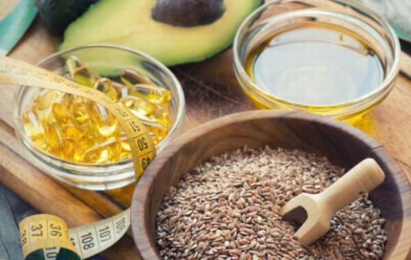 Tác dụng của omega 3 là bảo vệ tim mạch, làm giảm nguy cơ tử vong do tim mạch, giảm loạn nhịp tim, giảm tỷ lệ bệnh động mạch vành