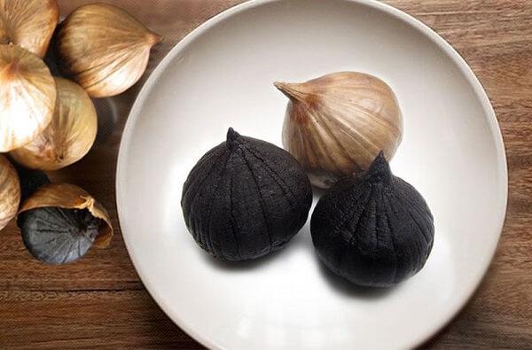 Tỏi đen là thực phẩm có rất nhiều tác dụng chữa bệnh tuyệt vời, đặc biệt có nguồn gốc tự nhiên nên hoàn toàn không gây hại