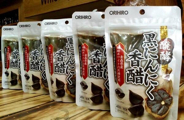 Tỏi đen Nhật Bản Orihiro là sản phẩm tỏi đen dạng viên được sản xuất từ tỏi đen sau khi lên men, rất tốt cho sức khỏe trong việc phòng ngừa các bệnh mãn tính