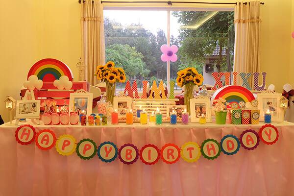 Các món ngon đãi tiệc sinh nhật tại nhà tổ chức cho bé