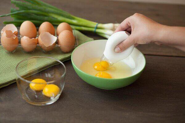 Học ngay 2 cách làm bánh bông lan nướng bằng nồi cơm điện đơn giản