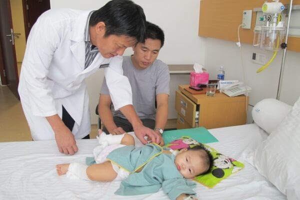 Top 22 bác sĩ nhi giỏi ở Hà Nội đông mẹ lựa chọn bạn tham khảo
