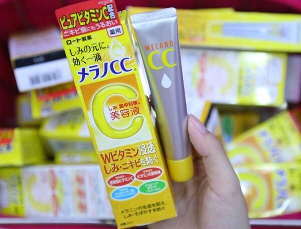 Serum trị mụn Vitamin C Melano CC Rohto của Nhật Bản