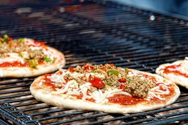 Cách làm bánh Pizza bằng tiếng Anh đậm phong cách ẩm thực Ý – How to Make Pizza Italian Cuisine