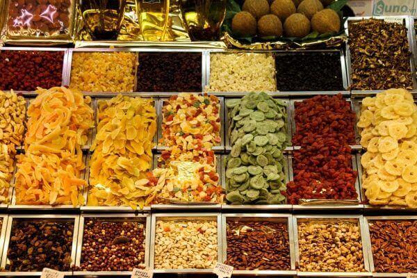 Hướng dẫn cách làm mứt trái cây dẻo ngày Tết, mứt trái cây sấy khô từ các loại trái cây đơn giản, quen thuộc
