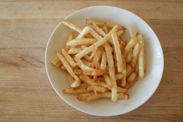 Trình bày cách làm khoai tây chiên bằng tiếng anh, tên tiếng anh là gì?