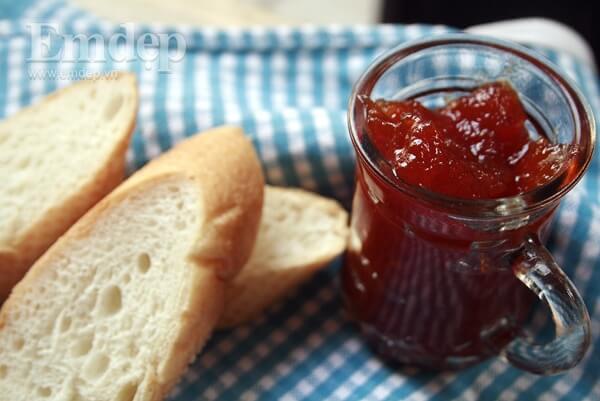 Cách làm mứt táo cà chua ăn bánh mì truyền thống dẻo ngon dễ tại nhà