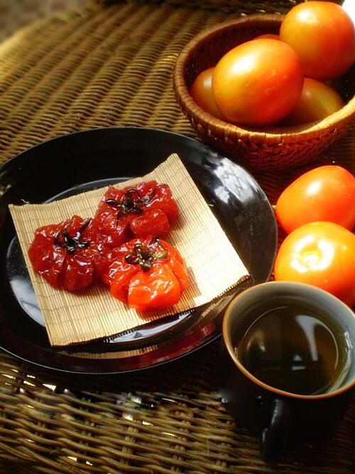 Cách làm mứt cà chua truyền thống dẻo ngon tại nhà