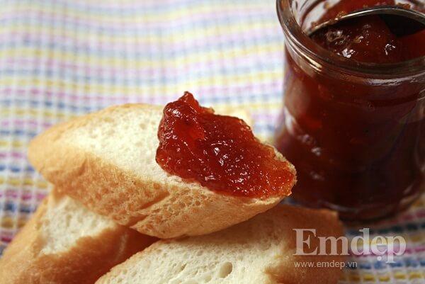 Cách làm mứt táo cà chua ăn bánh mì truyền thống dẻo ngon