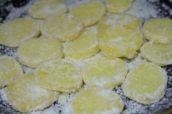 Cách làm mứt khoai tây khô giòn không bị ướt