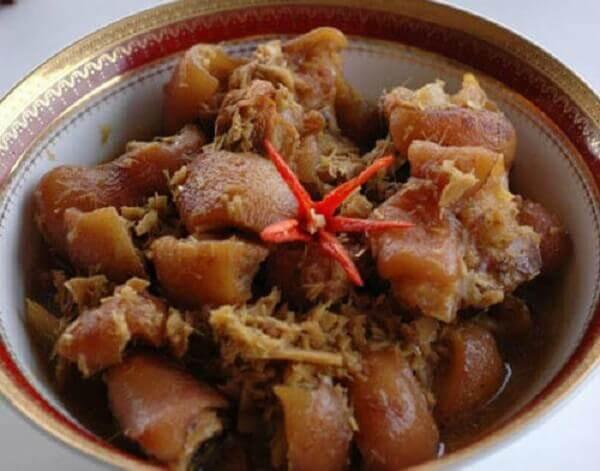 Cách làm thịt cầy hương nấu rựa mận dễ làm dễ ăn