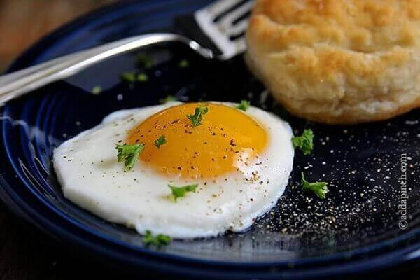 Cách làm món trứng ốp la bằng tiếng Anh - How to make Omelette