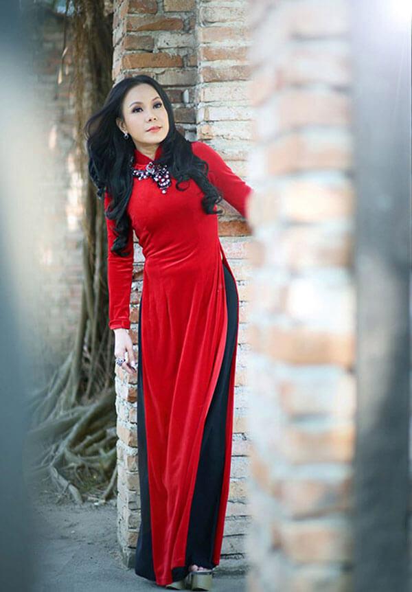 Chiều cao của Việt Hương: Việt Hương sở hữu chiều có 1m51
