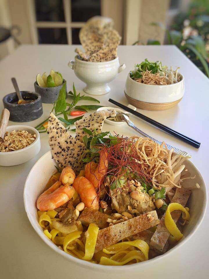 Cách nấu mì quảng truyền thống Việt Nam bằng tiếng anh – How to make mi quang Vietnam