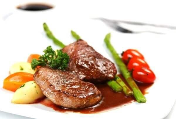 Cách làm thịt đà điểu sốt nấm tươi thơm ngon đậm đà