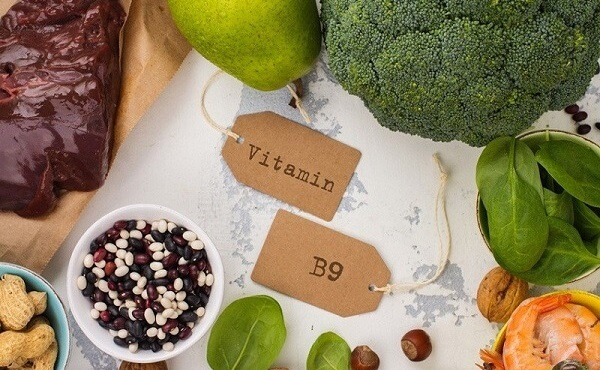 Folic Acid (Vitamin B9) giúpchăm sóc da mặt cho tuổi 35