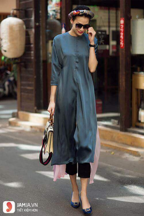 Mẫu áo dài cách tân mặc với quần bó