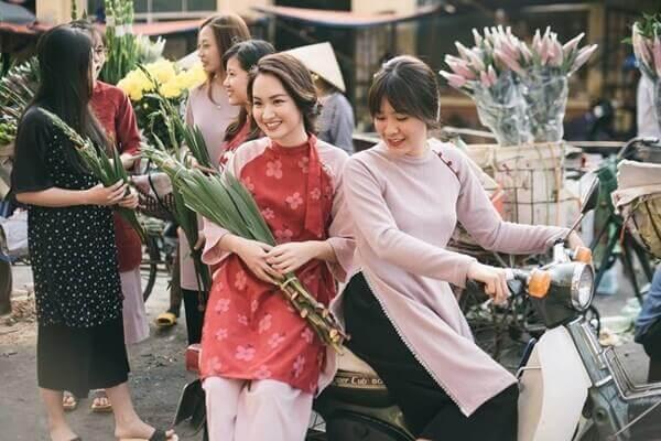 Lịch sử của chiếc áo dài cách tân Việt Nam