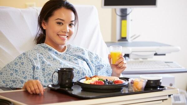 Chế độ ăn sau mổ
