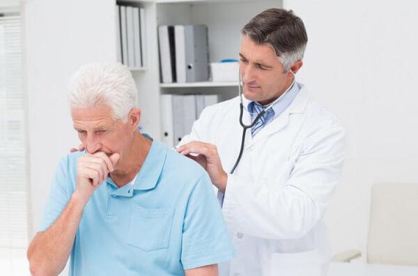 Quy trình chuẩn đoán và lập kế hoạch chăm sóc bệnh nhân viêm phổi chuẩn cho trẻ em và người lớn