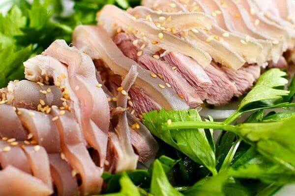 Cách làm món thịt lợn hấp gừng