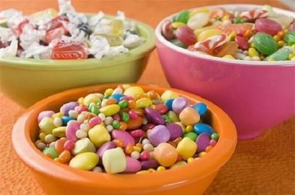 Những viên kẹo nhiều màu sắc mang ý nghĩa cho cả năm sự ngọt ngào yêu thương