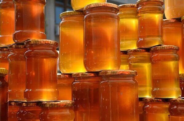 Để phân biệt mật ong nguyên chất cũng có những cách rất dễ thực hiện – 1 lít mật ong bằng bao nhiêu kg