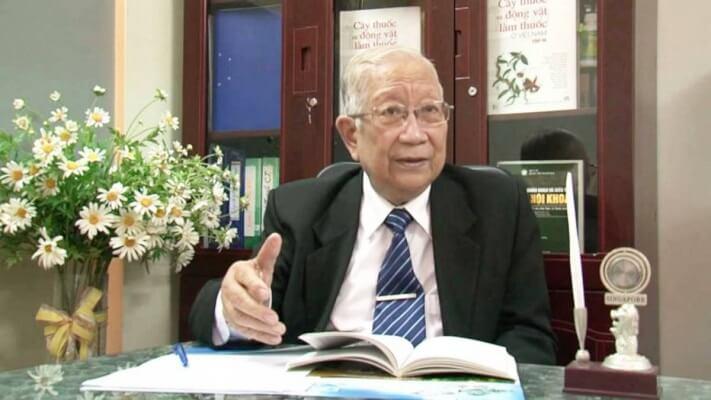 Giáo sư, Tiến sĩ Lê Đức Hinh Nguyên Trưởng khoa Thần kinh - Bệnh viện Bạch Mai