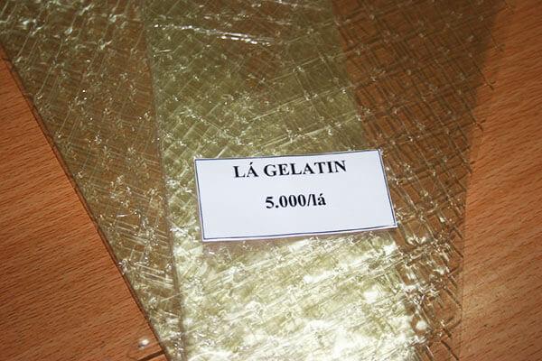 Mỗi lá gelatin có trọng lượng 2gr