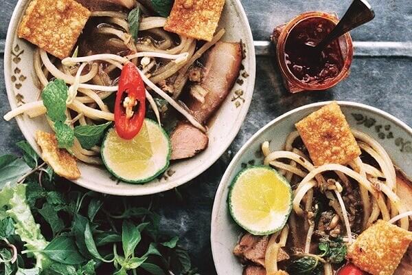 Cao lầu là món ăn đầy tinh túy mà chỉ có ở đất Quảng - các món ăn ngon 72 món ẩm thực Vn