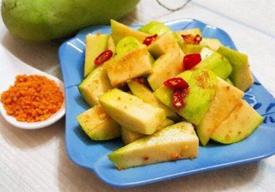 4 cách làm xoài lắc ngon, chua ngọt đơn giản với bò khô, muối ớt hoặc muối tôm Tây Ninh