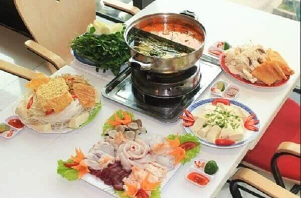 Cách nấu lẩu thập cẩm cho 8 người ăn ngon và đơn giản nhất