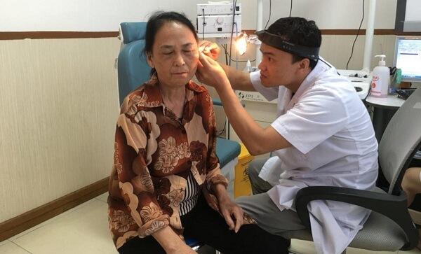 Phòng khám Vietlife có chuyên khoa Tai Mũi Họng với đầy đủ cơ sở vật chất hiện đại để điều trị cho bệnh nhân