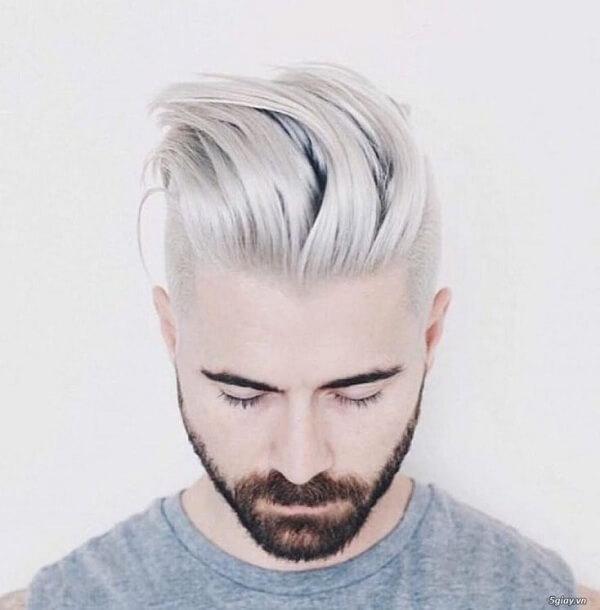 Kiểu tóc vuốt ngược hai bên gáy