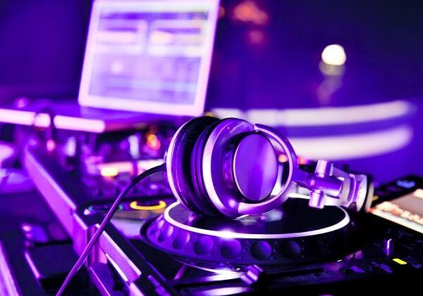 Âm nhạc giúp con người vui vẻ và hạnh phúc